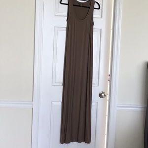 Tommy Bahama maxi dress. EUC size XS